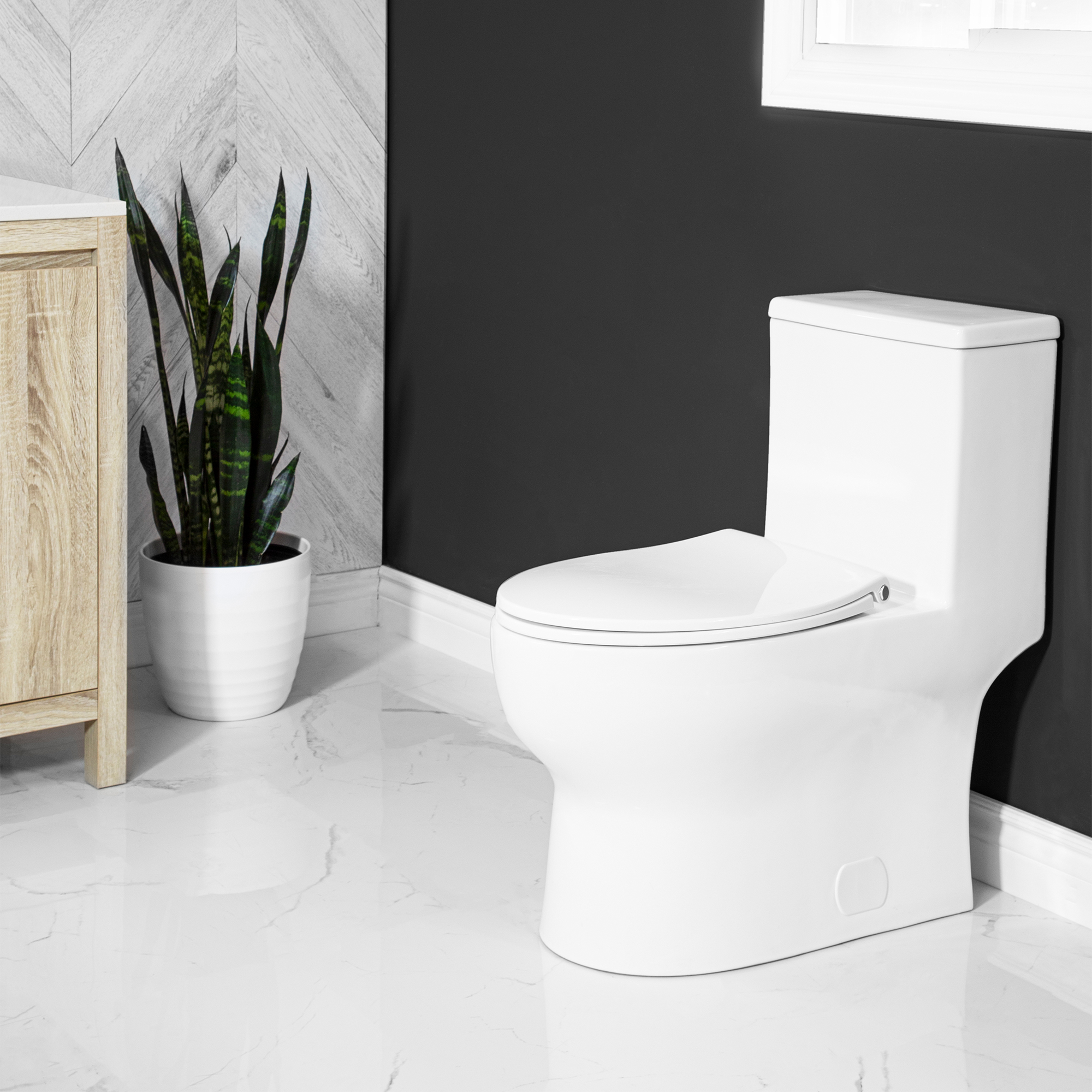 Eglinton One Piece Toilet Lined Tank Concealed Bowl